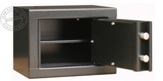 3 handguns safe + shelf - INFAC
